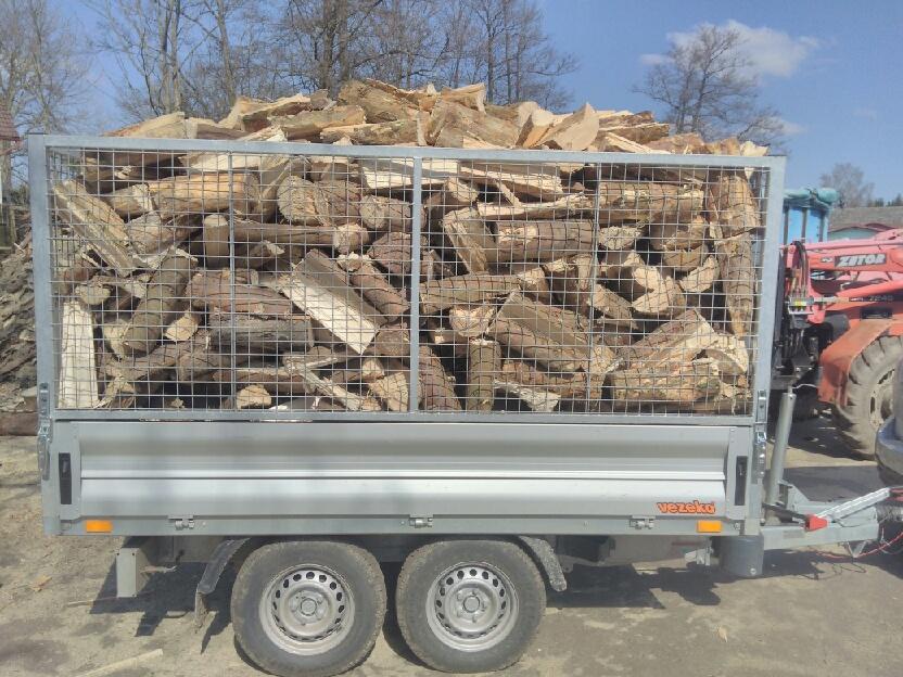 Palivové dřevo štípané krácené BILKE 580 Kč/prms včetně DPH